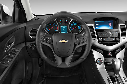 AUT 30 IZ3018 01 © Kimball Stock 2015 Chevrolet Cruz Sedan 2LT Automatic 4-Door Interior
