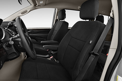 AUT 30 IZ3027 01 © Kimball Stock 2015 Dodge Grand Caravan SE 4-Door Mini Van Interior Detail