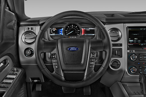 AUT 30 IZ3061 01 © Kimball Stock 2015 Ford Expedition XLT 5-Door SUV Interior Detail