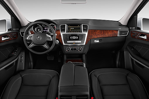 AUT 30 IZ3189 01 © Kimball Stock 2015 Mercedes Benz GL-Class GL450 5-Door SUV Interior Detail