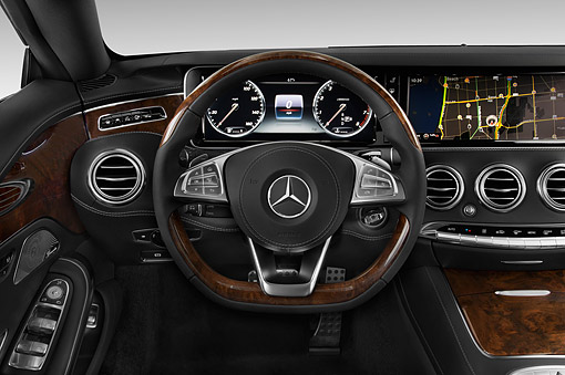 AUT 30 IZ3198 01 © Kimball Stock 2015 Mercedes Benz S-Class 2-Door Coupe Interior Detail