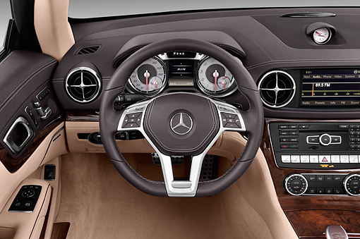 AUT 30 IZ3202 01 © Kimball Stock 2015 Mercedes Benz SL-Class SL550 2-Door Roadster Interior Detail