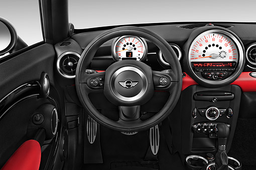 AUT 30 IZ3226 01 © Kimball Stock 2015 Mini Cooper S 2-Door Coupe Interior Detail