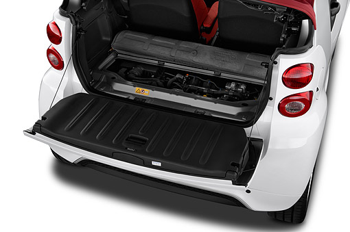 AUT 30 IZ3270 01 © Kimball Stock 2015 Smart Fortwo Passion Cabriolet 2-Door Engine Detail