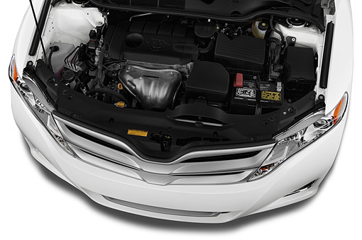 AUT 30 IZ3330 01 © Kimball Stock 2015 Toyota Venza XLE FWD V6 5-Door Hatchback Engine Detail
