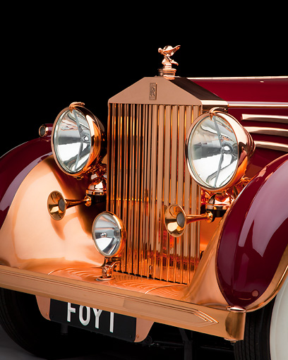 AUT 30 RK5792 01 © Kimball Stock 1937 Rolls-Royce Phantom III Freestone & Webb Sedanca Red And Copper Front Detail In Studio