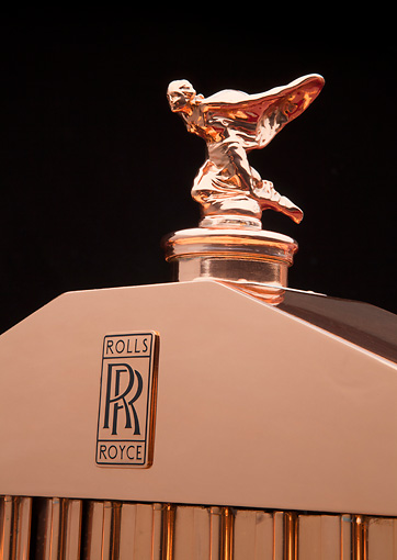 AUT 30 RK5794 01 © Kimball Stock 1937 Rolls-Royce Phantom III Freestone & Webb Sedanca Red And Copper Hood Ornament Detail In Studio