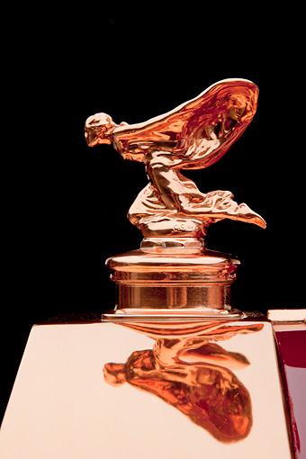 AUT 30 RK5796 01 © Kimball Stock 1937 Rolls-Royce Phantom III Freestone & Webb Sedanca Red And Copper Hood Ornament Detail In Studio