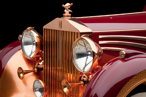 AUT 30 RK5840 01 © Kimball Stock 1937 Rolls-Royce Phantom III Freestone & Webb Sedanca Red And Copper Front Detail In Studio