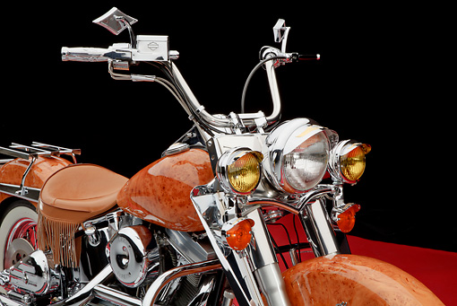 AUT 30 RK6053 01 © Kimball Stock 1990 Harley-Davidson Custom Maple Wood Finish Front Detail In Studio