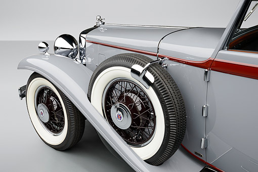 AUT 30 RK6305 01 © Kimball Stock 1932 Stutz DV-32 Rollston Victoria Gray Spare Tire Detail In Studio