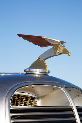 AUT 30 RK6349 01 © Kimball Stock 1933 Moal Falcon Hot Rod Silver Hood Ornament Detail