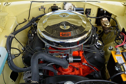 AUT 30 RK6372 01 © Kimball Stock 1966 Plymouth Hemi Satellite Yellow Engine Detail
