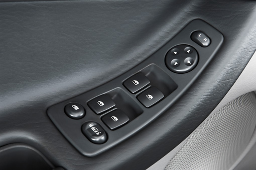 AUT 30 IZ0207 01 © Kimball Stock 2008 Chrysler Pacifica Silver Interior Detail Studio