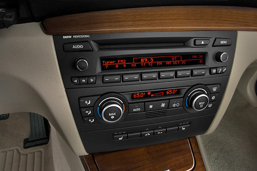 AUT 30 IZ0431 01 © Kimball Stock 2011 BMW 135i Convertible Silver Interior Detail Studio