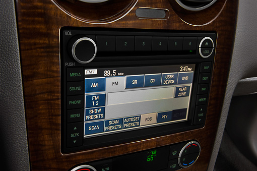 AUT 30 IZ0688 01 © Kimball Stock 2009 Ford Taurus X Limited Green Interior Detail Studio