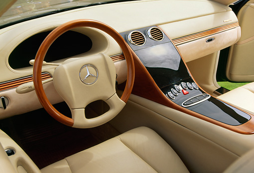 AUT 30 RK0245 01 © Kimball Stock Maybach Concept Interior Detail