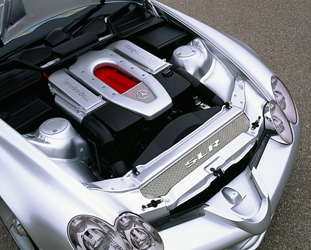 AUT 30 RK0364 01 © Kimball Stock Mercedes-Benz Vision SLR Silver Overhead Engine Detail