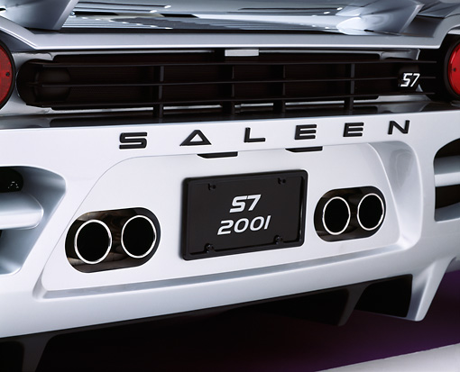 AUT 30 RK0601 02 © Kimball Stock 2001 Saleen S7 Silver Detail