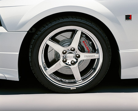 AUT 30 RK0985 01 © Kimball Stock 2001 Roush Mustang Stage 3 Detail Front Tire Shot