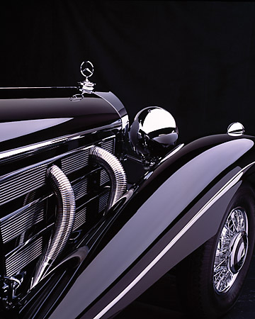 AUT 30 RK1740 12 © Kimball Stock 1937 Mercedes-Benz 540K Special Roadster Black Detail 3/4 Rear Of Front Fender