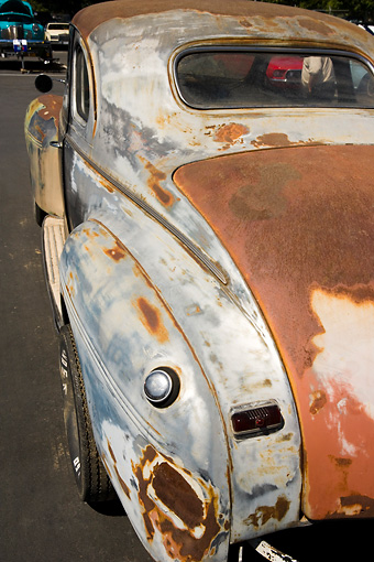 AUT 30 RK3382 01 © Kimball Stock Unrestored Rusty Classic Car 3/4 Rear View