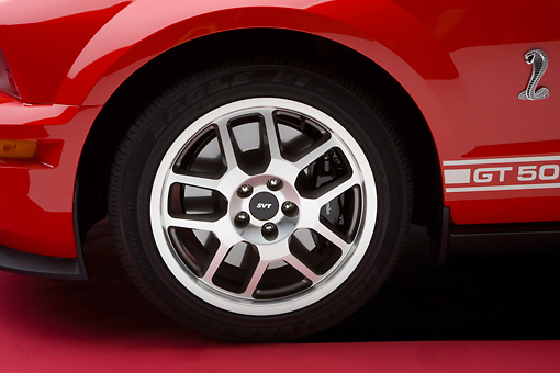 AUT 30 RK3602 01 © Kimball Stock 2007 Ford Shelby Mustang GT500 Coupe Red And White Detail