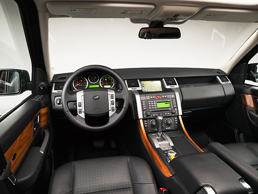 AUT 30 RK4082 01 © Kimball Stock 2008 Land Rover Range Rover Silver Interior Detail