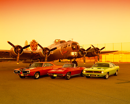 AUT 31 RK0019 07 © Kimball Stock 1970 Dodge Coronet Orange 1965 Corvette Red 1970 Plymouth 'Cuda Green By Airlane
