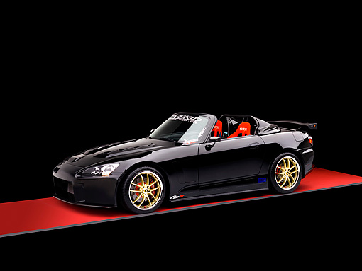 AUT 33 RK0364 01 © Kimball Stock 2000 Honda S2000 Convertible Black 3/4 Side View Studio