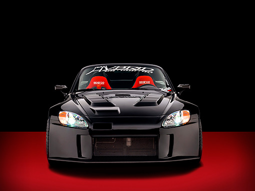 AUT 33 RK0366 01 © Kimball Stock 2000 Honda S2000 Convertible Black Head On View Studio