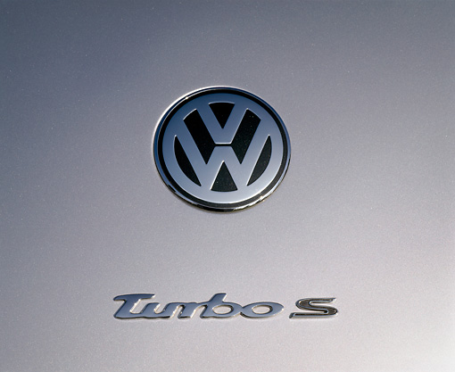 AUT 35 RK0182 01 © Kimball Stock 2002 Volkswagen Beetle Turbo S Silver Rear Emblem Shot