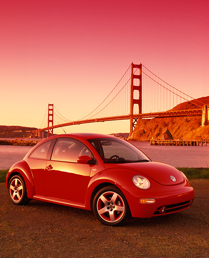 AUT 35 RK0242 03 © Kimball Stock 2002 VW New Beetle GLS Turbo Orange 3/4 Side View By SF Bridge Filtered