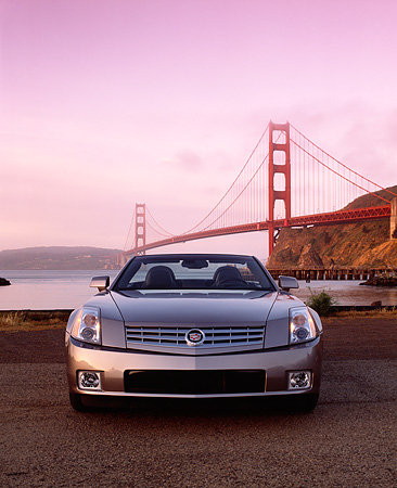 AUT 39 RK0004 05 © Kimball Stock 2004 Cadillac XLR Convertible Shale Metallic Head On Shot By SF Bridge Filtered