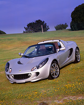 AUT 39 RK0020 11 © Kimball Stock 2004 Lotus Elise Silver