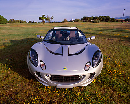 AUT 39 RK0024 03 © Kimball Stock 2004 Lotus Elise Silver