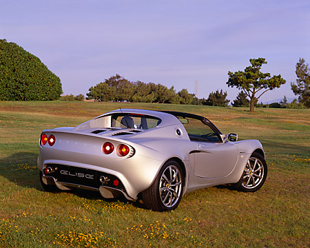 AUT 39 RK0025 02 © Kimball Stock 2004 Lotus Elise Silver
