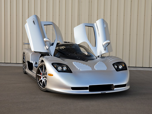 AUT 39 RK0401 01 © Kimball Stock 2004 Mosler MT900S Silver Doors Open 3/4 Front View On Pavement