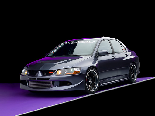 AUT 40 RK0261 01 © Kimball Stock 2005 Mitsubishi Evolution VIII MR Edition Gray 3/4 Front View Studio