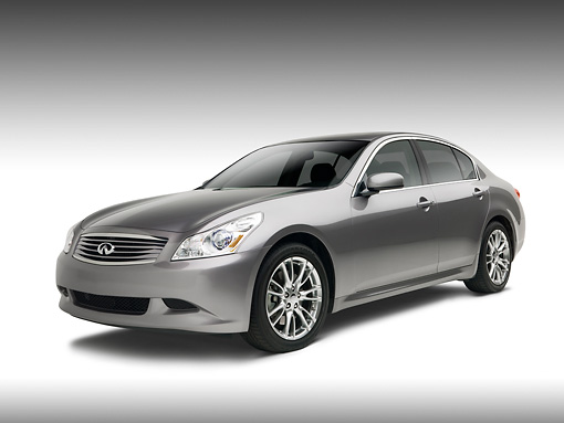 AUT 42 RK0142 01 © Kimball Stock 2007 Infiniti G35 Sport 6MT Gray 3/4 Front View On   White Seamless Studio