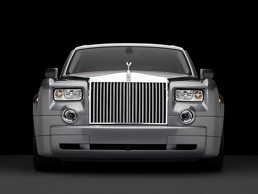 AUT 42 RK0241 01 © Kimball Stock 2007 Rolls Royce Phantom Silver Head On View Studio