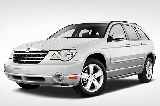 AUT 43 IZ0165 01 © Kimball Stock 2008 Chrysler Pacifica Silver 3/4 Front View Studio