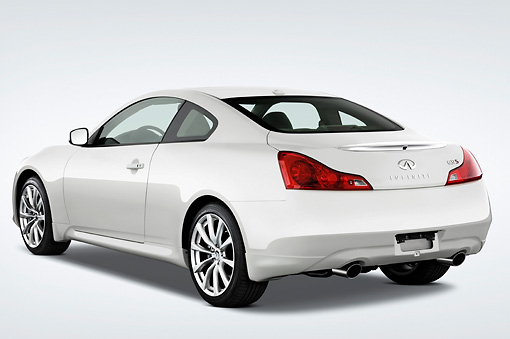 AUT 43 IZ0283 01 © Kimball Stock 2009 Infiniti G37 Sport 6MT White 3/4 Rear View Studio