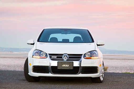 AUT 43 RK0208 01 © Kimball Stock 2008 Volkswagen R32 White Head On View By Water