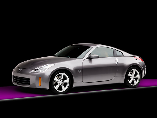 AUT 43 RK0259 01 © Kimball Stock 2008 Nissan 350Z Touring Gray 3/4 Front View Studio