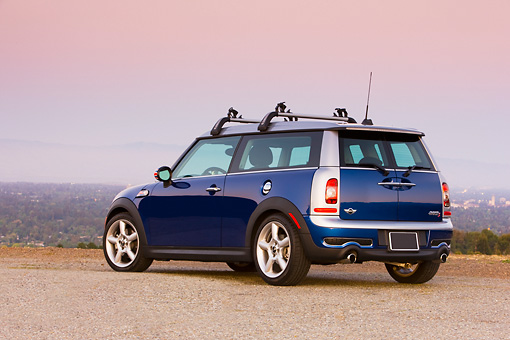 AUT 43 RK0270 01 © Kimball Stock 2008 Mini Cooper S Clubman Blue 3/4 Rear View At Overlook