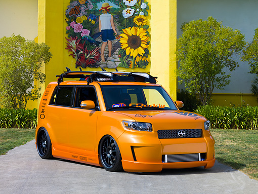 AUT 43 RK0334 01 © Kimball Stock 2008 Scion xB Orange 3/4 Front View By Building