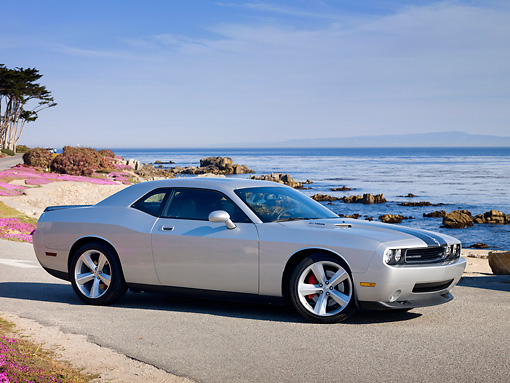 AUT 44 RK0065 01 © Kimball Stock 2009 Dodge Challenger SRT8 Silver 3/4 Front View By Ocean