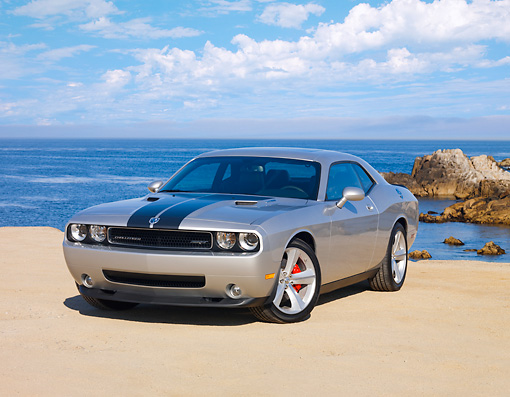 AUT 44 RK0066 01 © Kimball Stock 2009 Dodge Challenger SRT8 Silver 3/4 Front View By Ocean