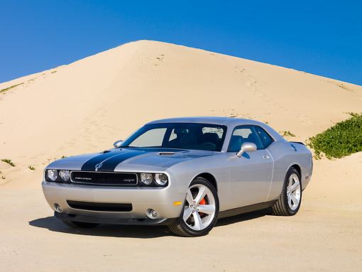 AUT 44 RK0068 01 © Kimball Stock 2009 Dodge Challenger SRT8 Silver 3/4 Front View By Sand Dune
